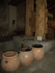 Roman press and amphorae at Mas de Tourelles
