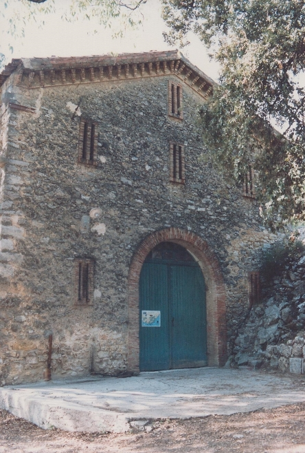 The maganerie in 1987 when used as the wine cellar