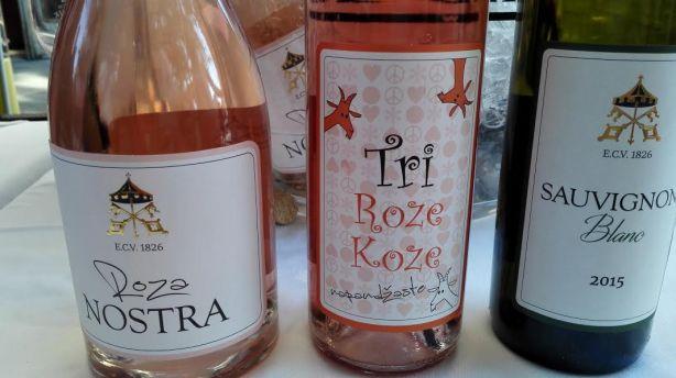 3 rose serbia